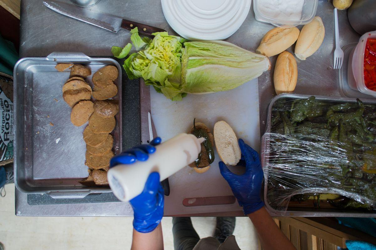 Una tortilla sin huevos o un serranito sin pollo ni cerdo for Que es la cocina vegana