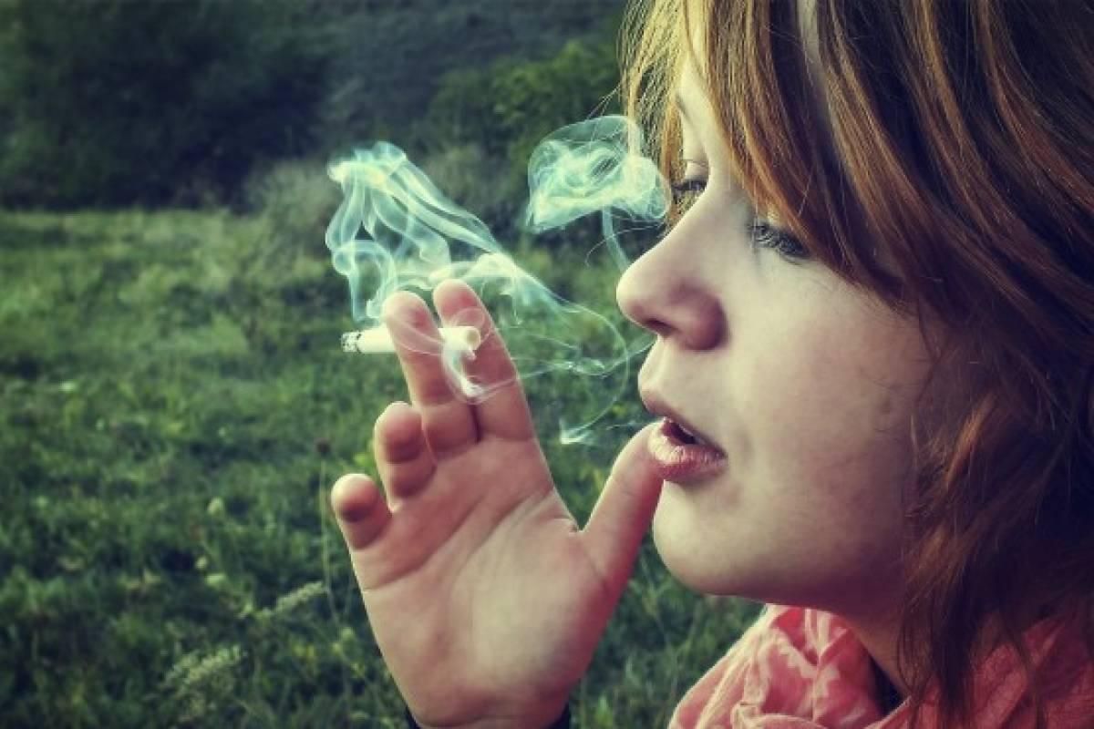 mujer_fumar.jpg