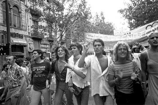 manifestacion_gay_1977.jpg