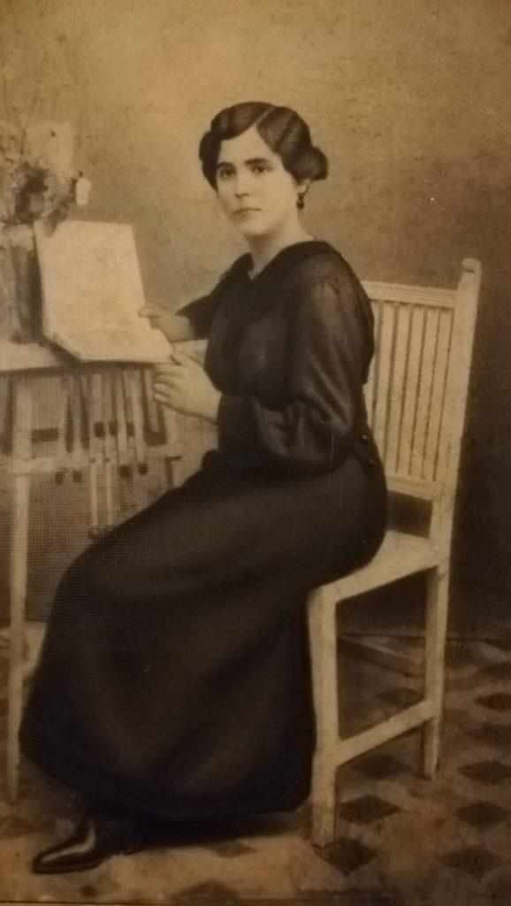 Abuela de Lourdes Farratell